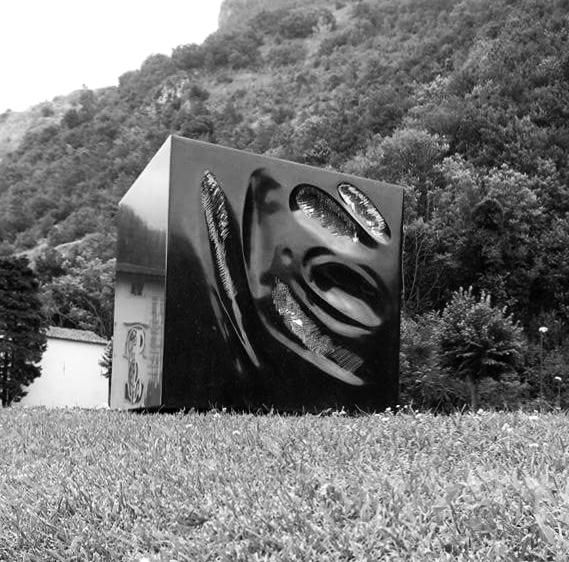 Cubo, granito Boston Black, 120x120