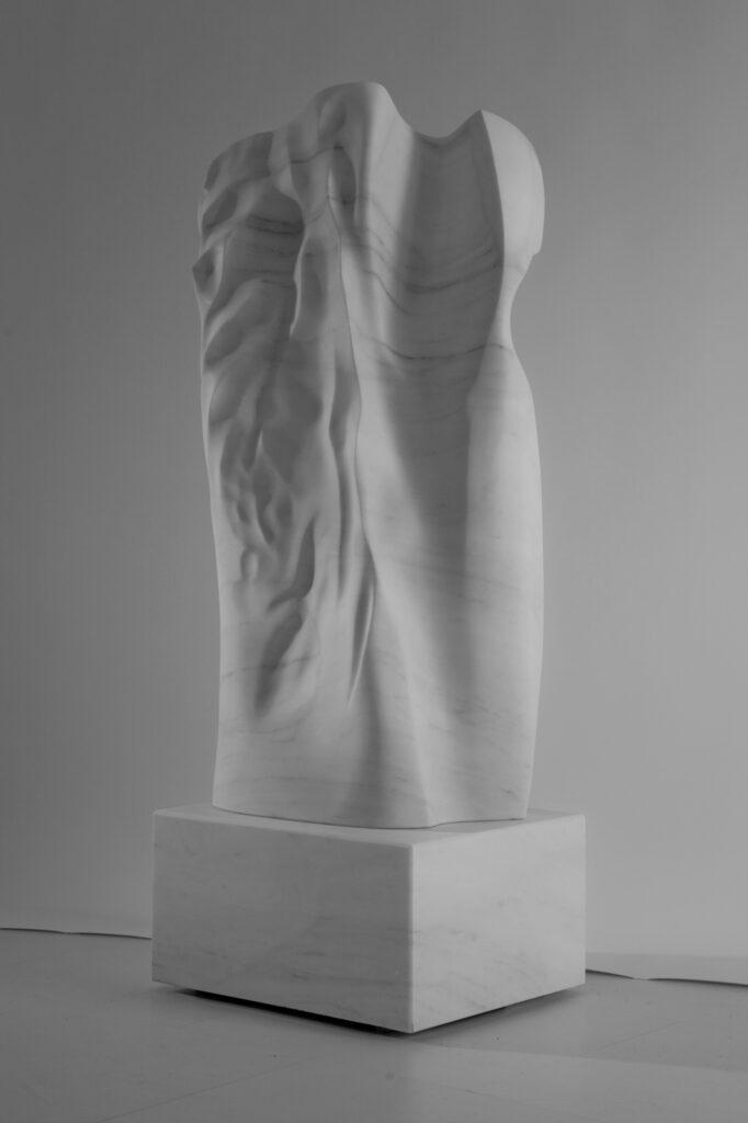Madame, marmo Lasa Fior di Melo, anno 2008, 80x35x170