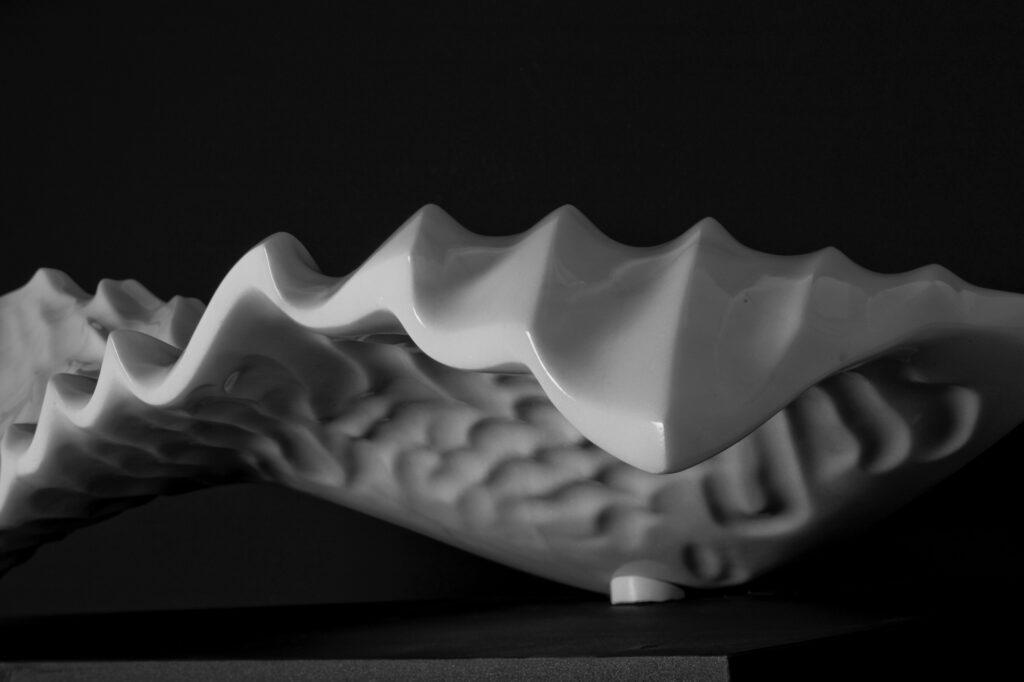 Onda, marmo Lasa, anno 2009