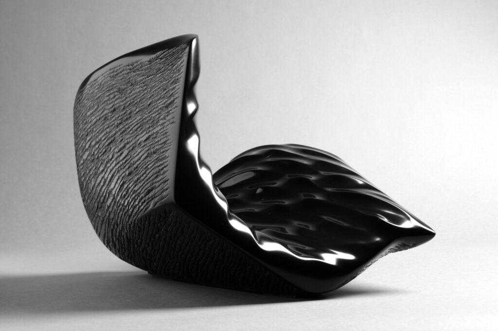 Oscillazione, marmo Nero Belgio, anno 2006, 35x35x35