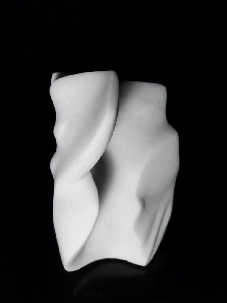 Venus 3, marmo Carrara Statuario, anno 2017, 10x10x20